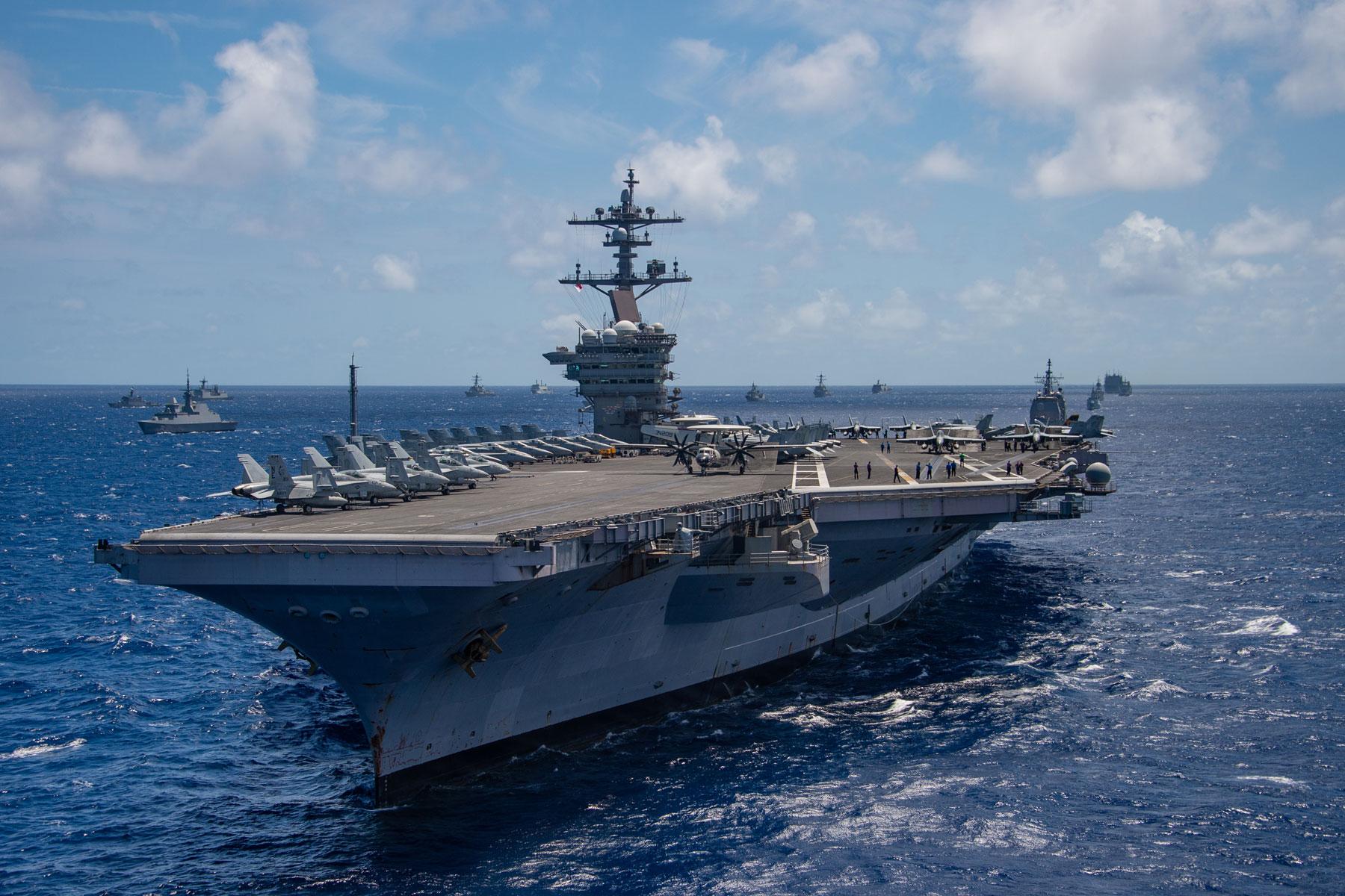 USS Carl Vinson 1800