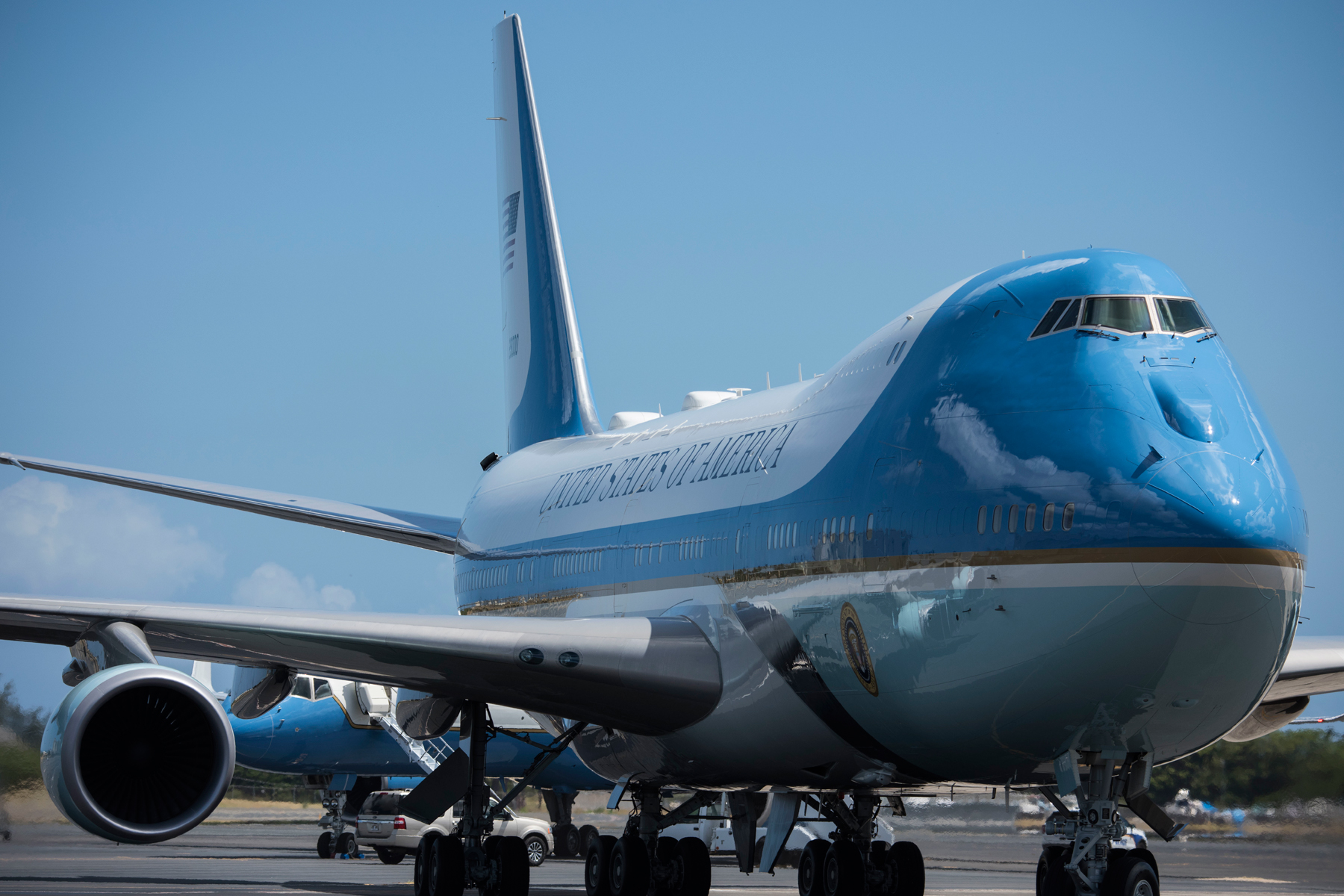 The New Air Force One Plane May Fall a Year Behind Schedule, Air ...