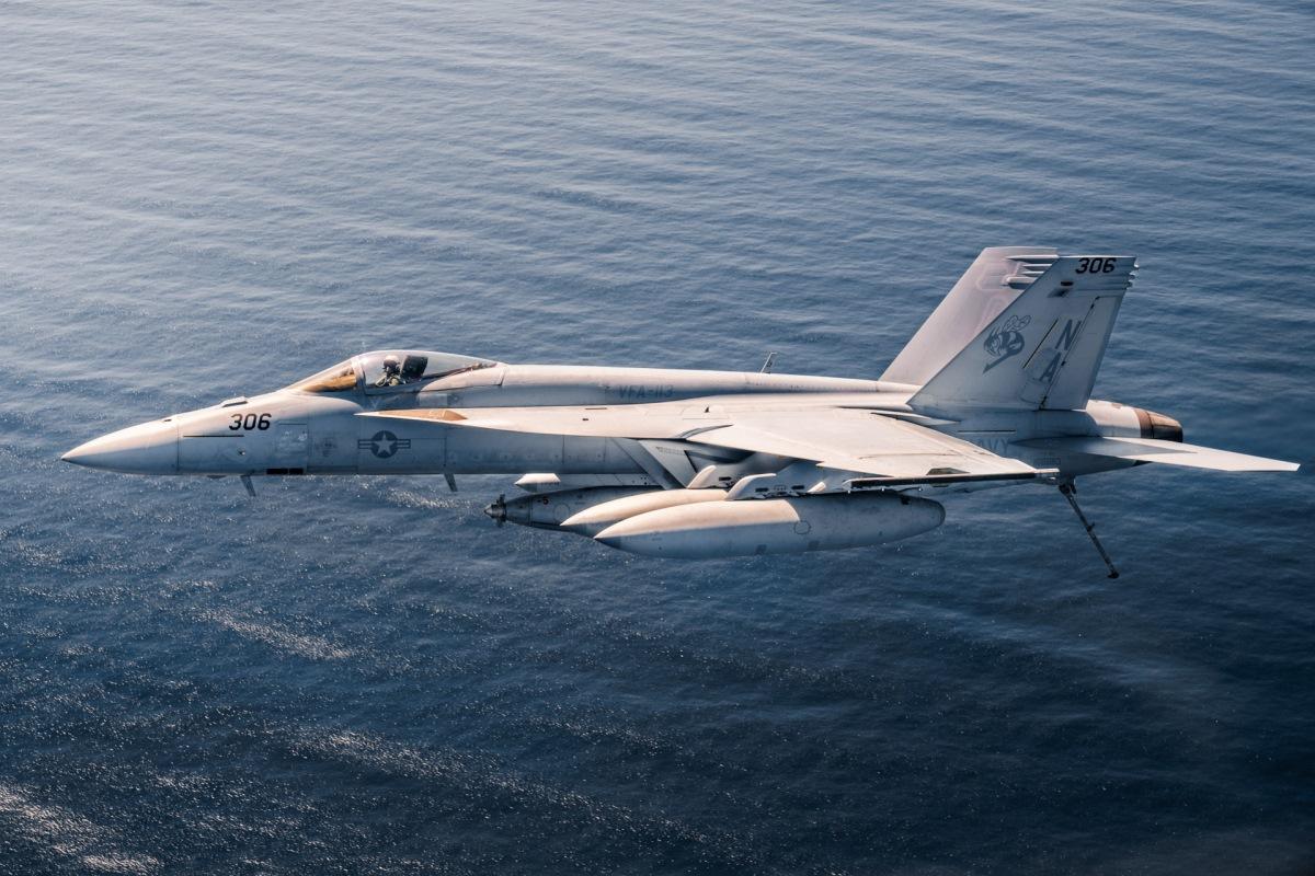 Us F A 18e Shoots Down Syrian Su 22 In Air To Air Kill