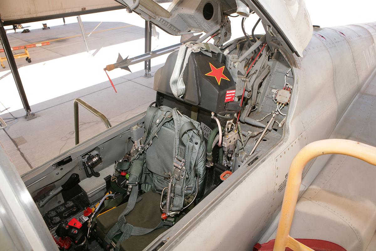 f-5-tigershark-001.jpg