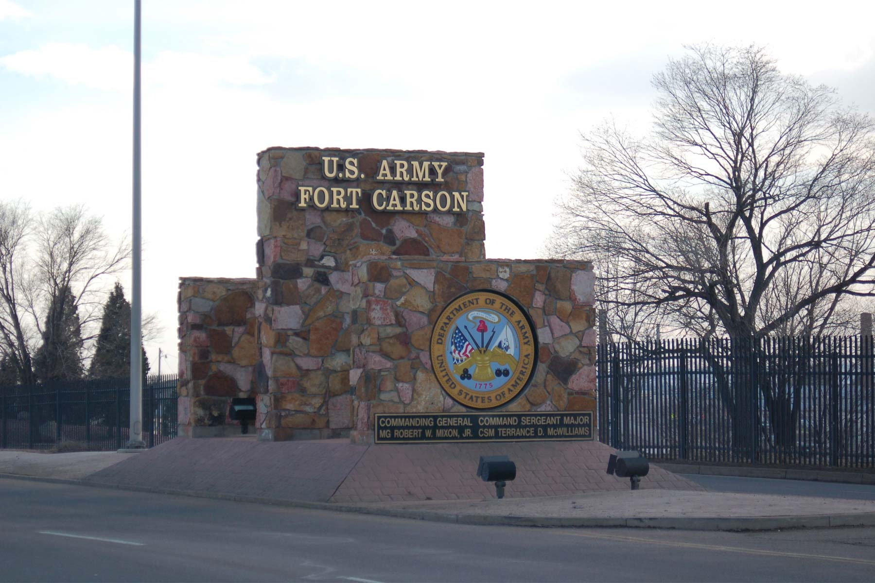 army identifies fort carson soldier killed in training
