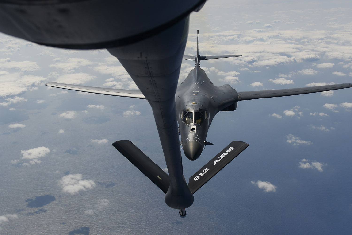 To Make Way for Future Bomber, AF Plans to Retire B-1, B-2 in 2030s