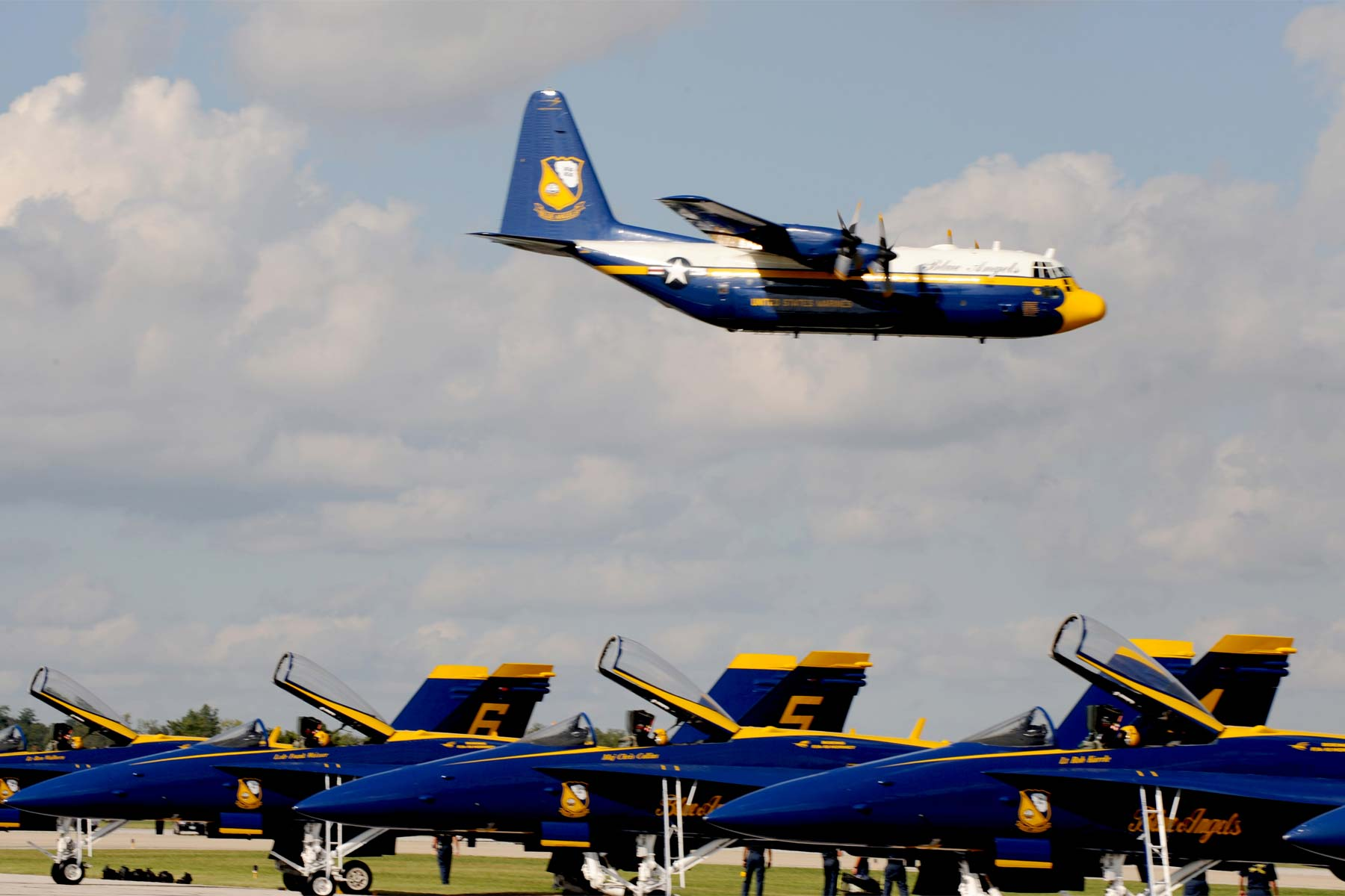 Blue Angels Sideline Fat Albert Amid Probe Into Deadly