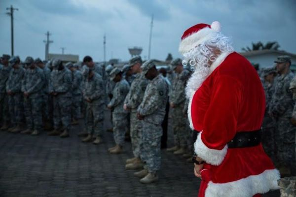 Family Life Insurance >> U.S. Troops Fighting Ebola Epidemic Focus on Progress over Holidays | Military.com
