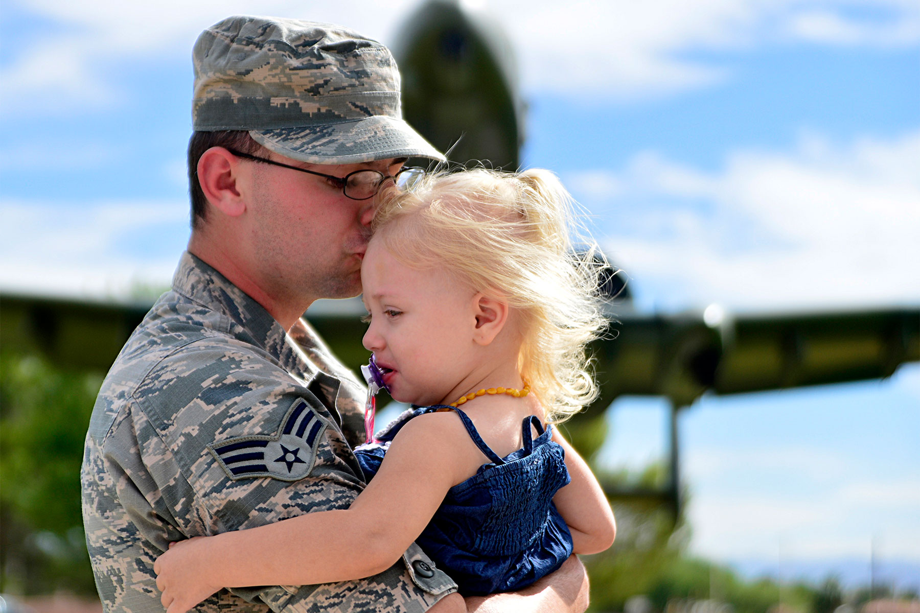 Military Children and PCS | Military.com