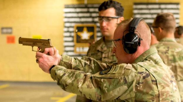 The M17 replaces the M9 pistol, the standard Army sidearm since 1986.