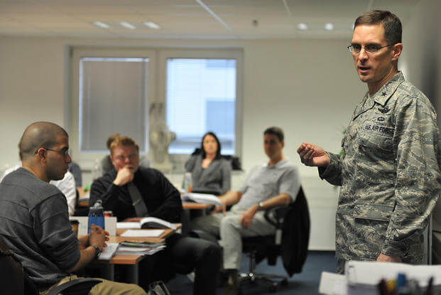 Service members learn about transition issues in a GPS class.