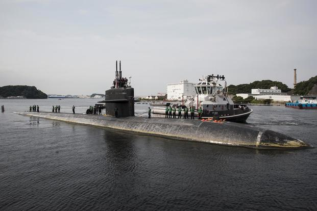 The Los Angeles-class attack submarine USS San Francisco (SSN 711) prepares to moor at Fleet Activities Yokosuka, Japan, on Aug. 14, 2016. (U.S. Navy photo by Mass Communication Specialist 2nd Class Brian G. Reynolds)