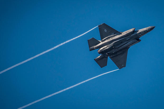 An F-35 Lightning II streaks across the sky while doing maneuvers to the Eglin Air Force Base runway, Nov. 2, 2017. (U.S. Air Force photo/Samuel King Jr.)