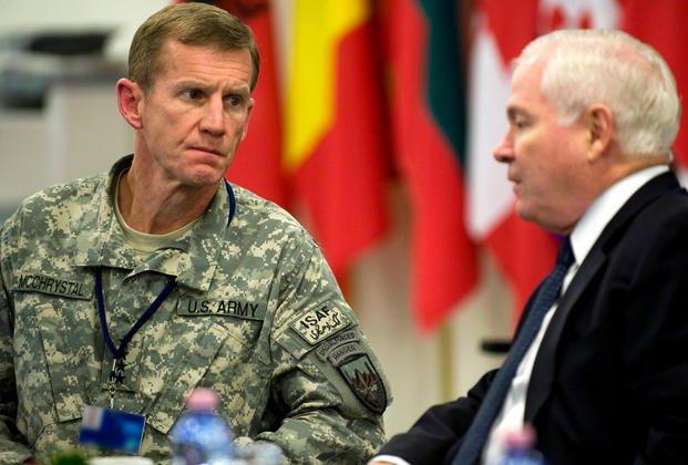 2d95187a2 U.S. Defense Secretary Robert M. Gates meets with Gen. Stanley A.  McChrystal