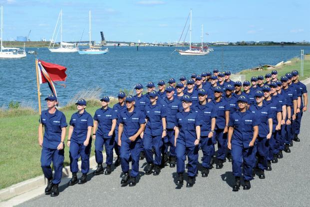 42 000 coast guardsmen aren t getting paid due to the shutdown