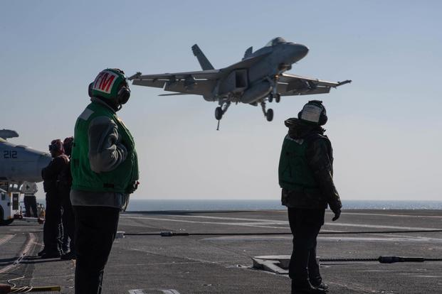 A U.S. Navy F/A-18E Super Hornet aircraft, assigned to Strike Fighter Squadron (VFA) 97, lands on the flight deck of the aircraft carrier USS John C. Stennis (CVN 74) in the Arabian Gulf, Jan. 5, 2019. (U.S. Navy/Mass Communication Specialist Seaman Joshua L. Leonard)