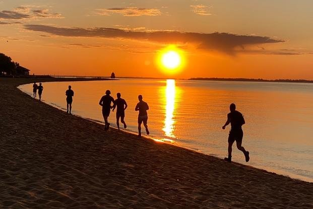 Stew Smith beach running
