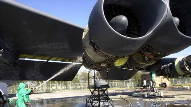 Air Force Wants, But Can't Afford, New B-52 Engines | Military com