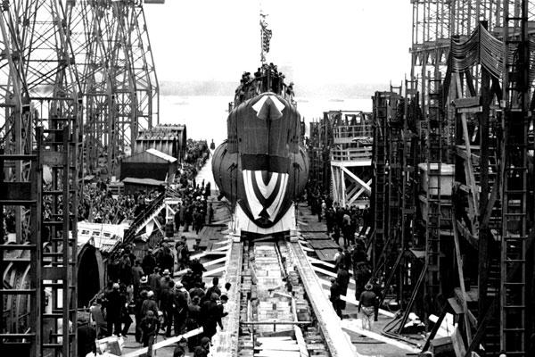 The submarine USS Escolar (SS 294) is launched at Philadelphia on April 18, 1943. Its entire crew of 82 were killed in action during World War II. (Photo courtesy Claude Hill, whose father died in the Escolar)