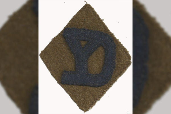 World War I marked the first time U.S. soldiers wore shoulder sleeve insignia to identity the unit in which they served. Here is an example of the 26th Division shoulder patch. (Photo: David Kaufman Collection)