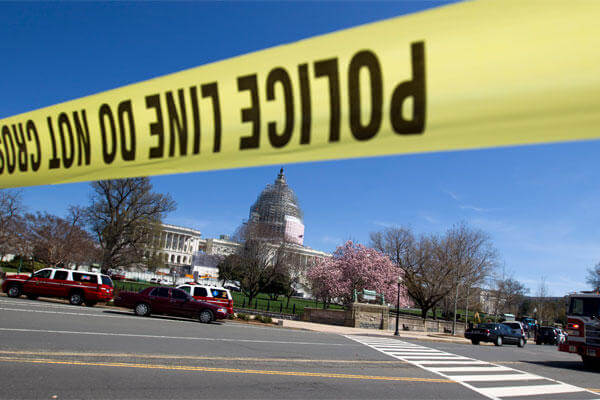 U.S. Capitol Police and other emergency services respond to the U.S. Capitol in Washington, Saturday, April 11, 2015. (AP Photo/Jose Luis Magana)