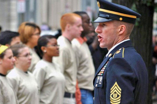 Top Enlisted Soldier Talks Cake Ike Jackets Part Time Training