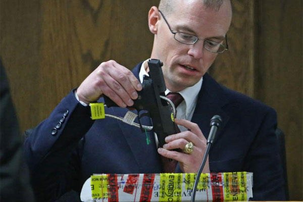James Jeffress, a Department of Public Safety forensic scientist specializing in ballistics, during the capital murder trial of former Marine Cpl. Eddie Ray Routh, Friday, Feb. 13, 2015. (AP Photo/The Fort Worth Star-Telegram, Paul Moseley)