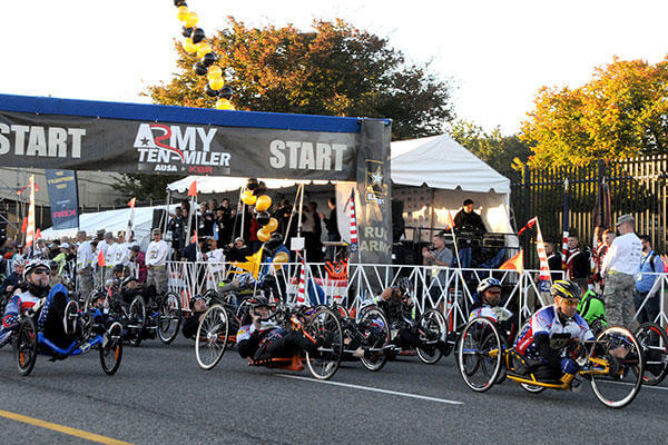 Approximately 30,000 wounded warriors, active duty, National Guard, Reserve service members and civilian runners participated in the 31st annual Army Ten-Miler, Oct. 11, near the Pentagon in Arlington, Va. (U.S. Army/Shannon Collins)