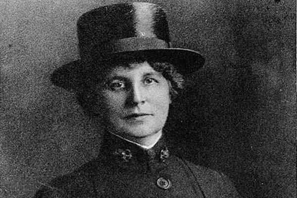 Lenah H. Sutcliffe Higbee, USN; Portrait photograph, taken in uniform during the World War I era. (Official U.S. Navy Photograph, National Archives.)