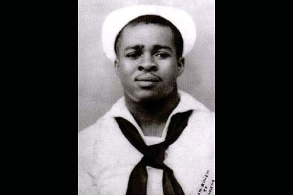 Navy Cook First Class William Pinckney (U.S. Navy photo)