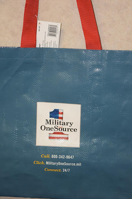 Want a free commissary bag? This is what the commissary will soon be handing out. (Photo: Defense Commissary Agency.)