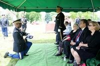 Military funeral Familiy